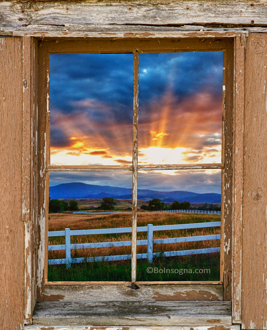 Rocky Mountain Country Beams Of Sunlight Rustic Window Frame Vie